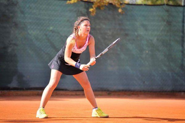 Sport, incontro con la campionessa di tennis ed ex alunna Maria Vittoria Viviani.
